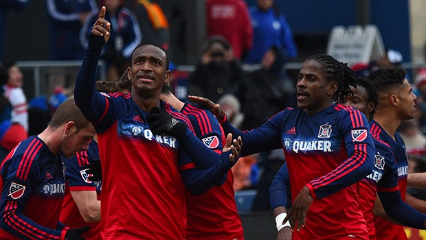 PICTURE: Chicago celebrate taking the lead over Philadelphia (Courtesy of www.chicago-fire.com/)