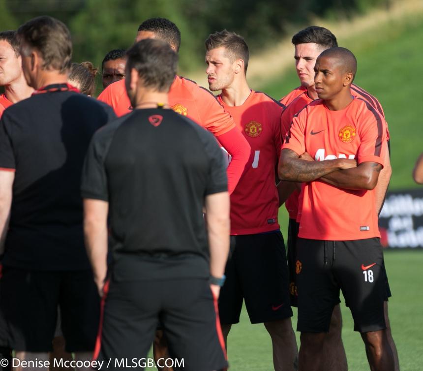 Manchester United Training Seattle 2015 Morgan Schneiderlin