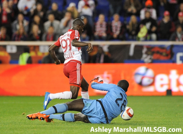 Bradley Wright-Phillips rounds goalkeeper Bill Hamid to score the only goal of the game in the MLS Eastern Conference Semifinal Second Leg: New York Red Bulls vs. DC United at Red Bull Arena in Harrison, New Jersey, USA, on Nov. 8, 2015. Photo: Ashley Marshall/MLSGB.com
