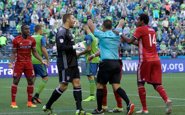Seattle Sounders vs FC Dallas Dempsey Red Card
