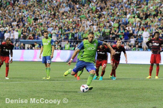 Seattle Sounders vs Portland Timbers 2016 Clint Dempsey